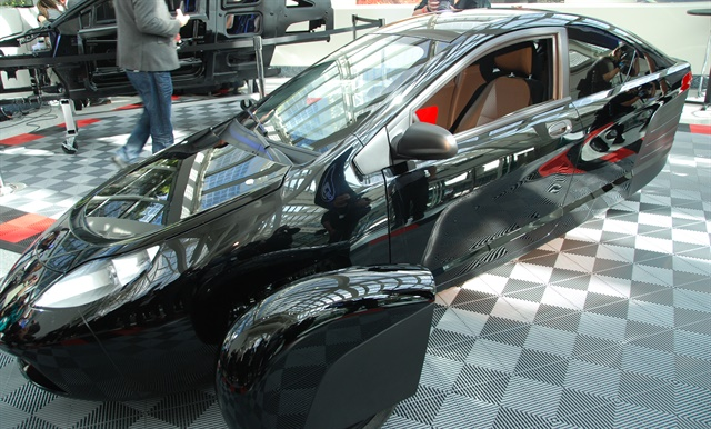 Elio Motors debuted its E1c engineering vehicle during the L.A. Auto Show. The production model is expected to go on sale to consumers and fleets in late 2017. Photo: Chris Wolski