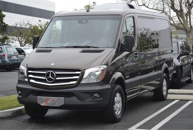 Mercedes benz gives details on 2015 sprinter compact van for 2014 mercedes benz sprinter passenger van
