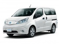 Nissan Sets e-NV200 Delivery to Japanese Dealers