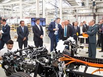 Mitsubishi Fuso Starts Production of Electric Truck