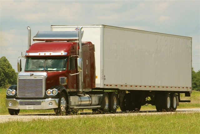 FMCSA wants to know whether the new-entrant exam should include just regulations or industry best practices as well. (Photo by Evan Lockridge)