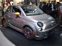 Chrysler Introduces Fiat 500e Electric Vehicle and 500L at LA Auto Show