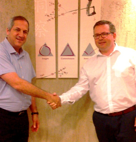 NG Group owner and president, Rami Jaulus (left), with Fleet Logistics Business Development Director, Marcus Hennecke. Photo: Fleet Logistics