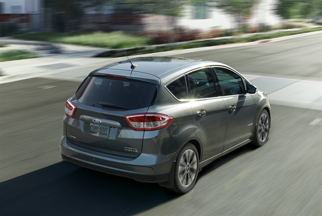 Photo of 2017 C-Max Hybrid courtesy of Ford.