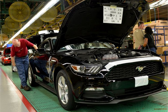 first 2015 mustang rolls off production line - news