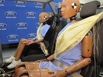 Ford's Rear Inflatable Seat Belts Earn Popular Mechanics Breakthrough Award