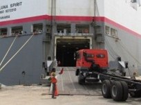 Mitsubishi Fuso Ships Trucks to Indonesia