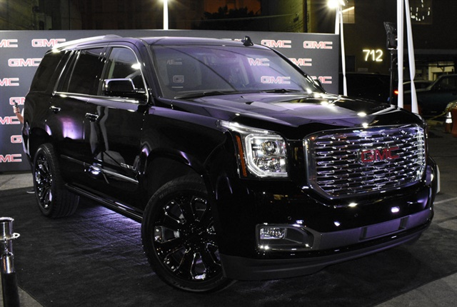 Gmc Blacks Out Yukon Denali For 2018 Top News Vehicle Research