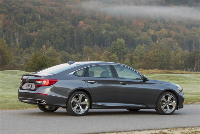 Photo of 2018 Accord 2.0T Touring courtesy of Honda.