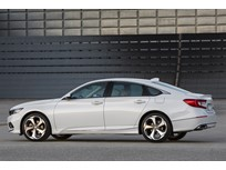 Honda Redesigns Accord, Accord Hybrid for 2018