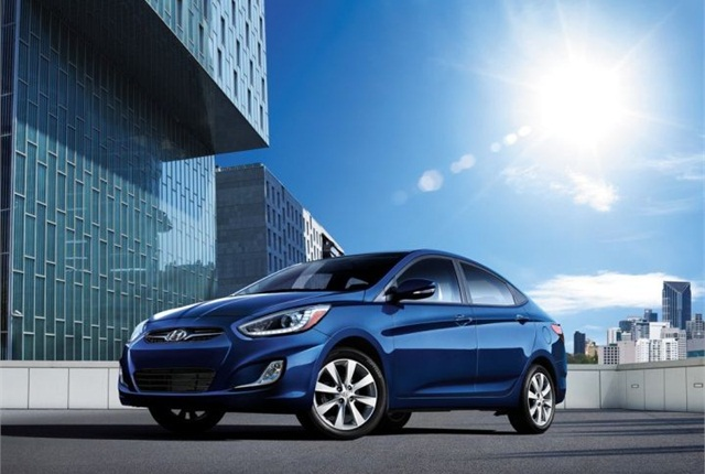 Photo of 2014 Accent courtesy of Hyundai.