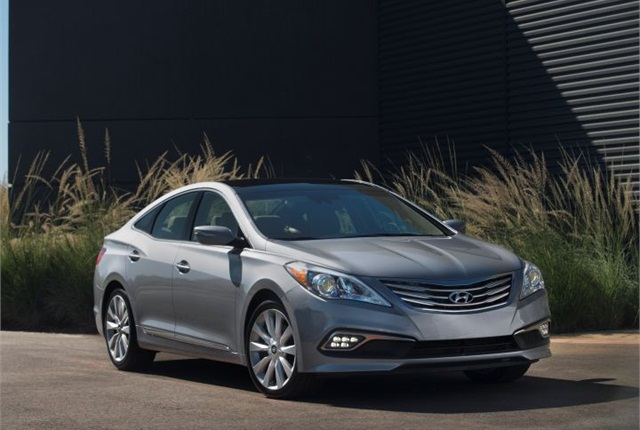 Photo of 2015 Azera courtesy of Hyundai.