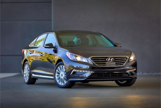 Photo of 2015 Sonata courtesy of Hyundai.