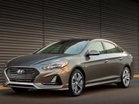 Hyundai Updates Sonata Hybrid, PHEV Sedans