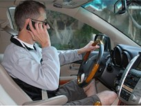 Illinois' Handheld Phone Ban for Drivers Starts Jan. 1