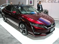 Honda Shows Clarity Fuel Cell Sedan