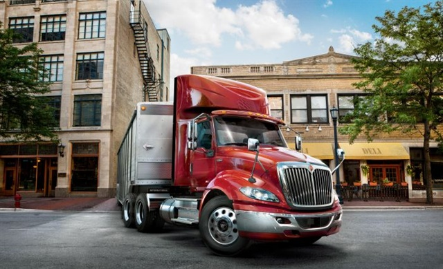 <p><strong>International RH Series regional-haul tractor</strong>. <em>Photos</em>:<em> International Trucks</em></p>