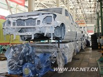 JAC Exports First Pickups to Venezuela