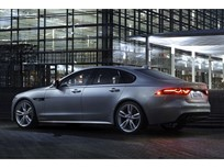Jaguar Adds Diesel XF for 2017