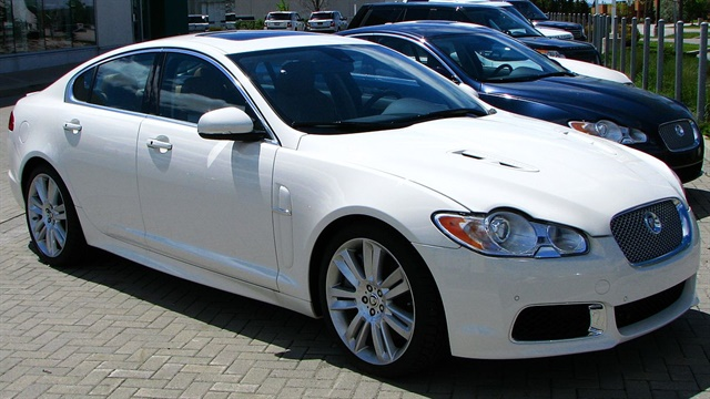 Photo of 2010 Jaguar XFR via Wikimedia.