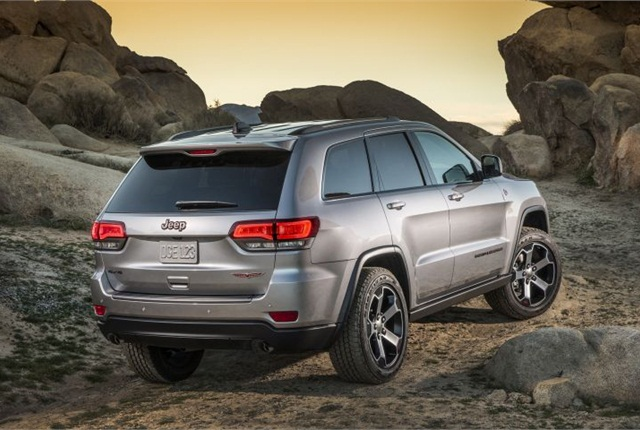 jeep adds two grand cherokee models for 2017 news automotive fleet. Black Bedroom Furniture Sets. Home Design Ideas