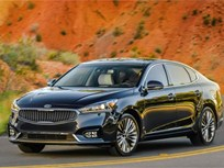 Kia Improves Efficiency of 2017 Cadenza Sedan