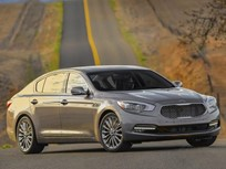 Kia Recalls K900 Sedans for Headlights