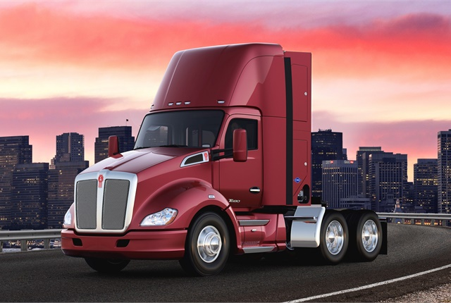 pstrongKenworth plans to build two proof-of-concept Kenworth T680 Day Cab drayage tractors, like the CNG-fueled truck pictured here, to transport freight from the Ports of Los Angeles and Long Beach to warehouses and railyards along the I-710 corridor in the Los Angeles basin./strong/p