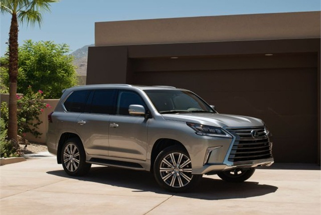 Photo of 2016 LX 570 courtesy of Lexus.
