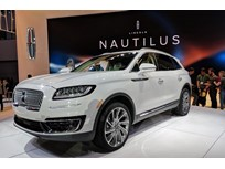 Lincoln Unveils Nautilus SUV, Vehicle Subscription Pilot