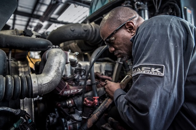 <p><strong>Mack says its Experieince Managment approach reduced the time it took to address outstanding customer service issues by as much as 50%.</strong></p>