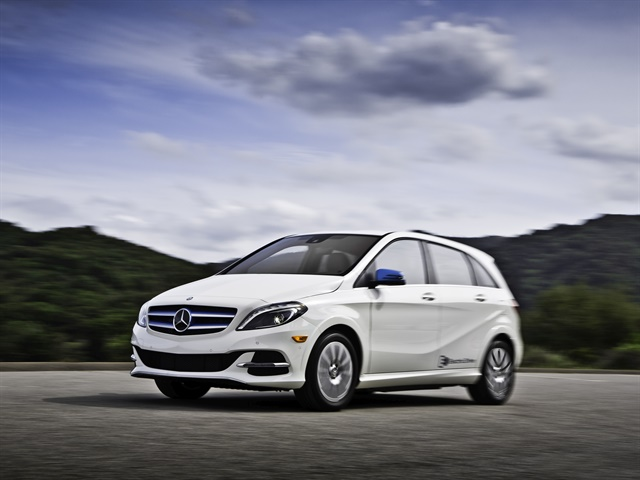 Mercedes benz lowers price of b250e ev news automotive for Mercedes benz b250e lease