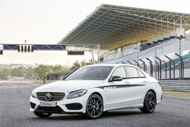 Photo of 2016 C450 AMG courtesy of MBUSA.
