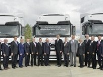 Turkish Logistics Fleet Adds 400 Actros Trucks