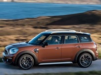 Mini Updates Countryman with Plug-In for 2017