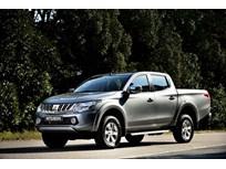 Mitsubishi to Debut European Spec'd Diesel Pickup