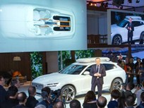 Volvo Shows Crossover Concept in Detroit
