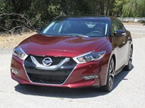 2016 Nissan Maxima Goes on Sale