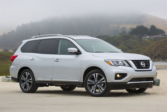 Photo of 2018 Pathfinder courtesy of Nissan.