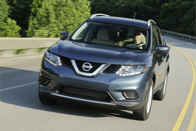 Photo of 2014-2016 Rogue courtesy of Nissan.
