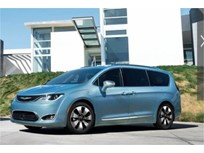 Chrysler Pacifica Plug-in Hybrids Recalled for Stalling