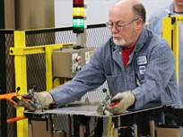 Ford Trains 8,000 on Aluminum F-150 Production