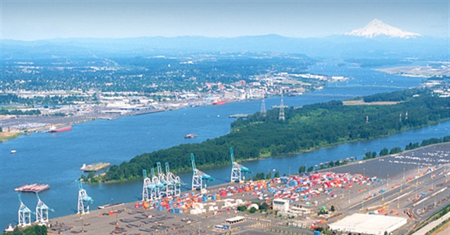 Oregon Seeks EPA Funding For Truck Replacement Program