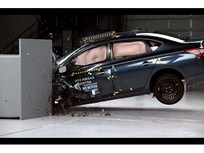 Video: Nissan Sentra Earns Top Safety Pick Award