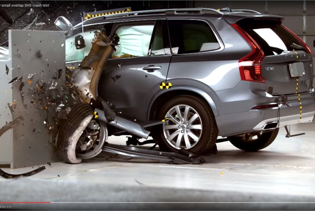 Video Volvo XC90 Aces Crash Tests  Top News  Safety  Accident