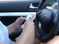 44% of Teen Drivers Admit to Texting