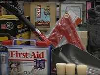 Safety Tip: Assembling a Winter Emergency Kit