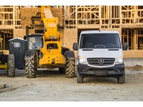 Mercedes-Benz Expands Sprinter Worker Lineup