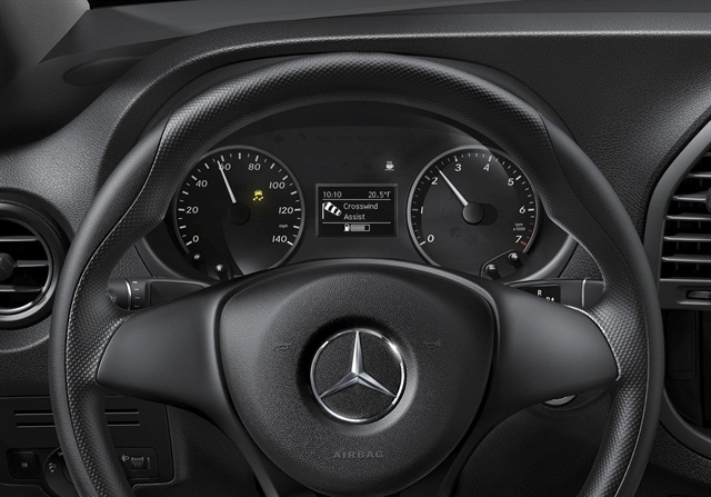 Metris brings attention assist park assist to smaller for Mercedes benz attention assist