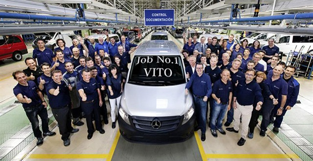 First mercedes benz vito built in spain top news for Mercedes benz plant salary